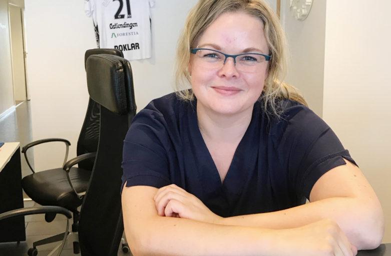 Autorisert tannhelsesekretær med ny jobb