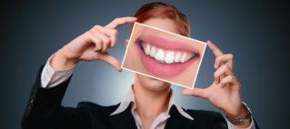 Sukker og syre er verstinger for tennene